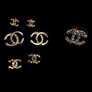 Fashion jewelry bundle.
